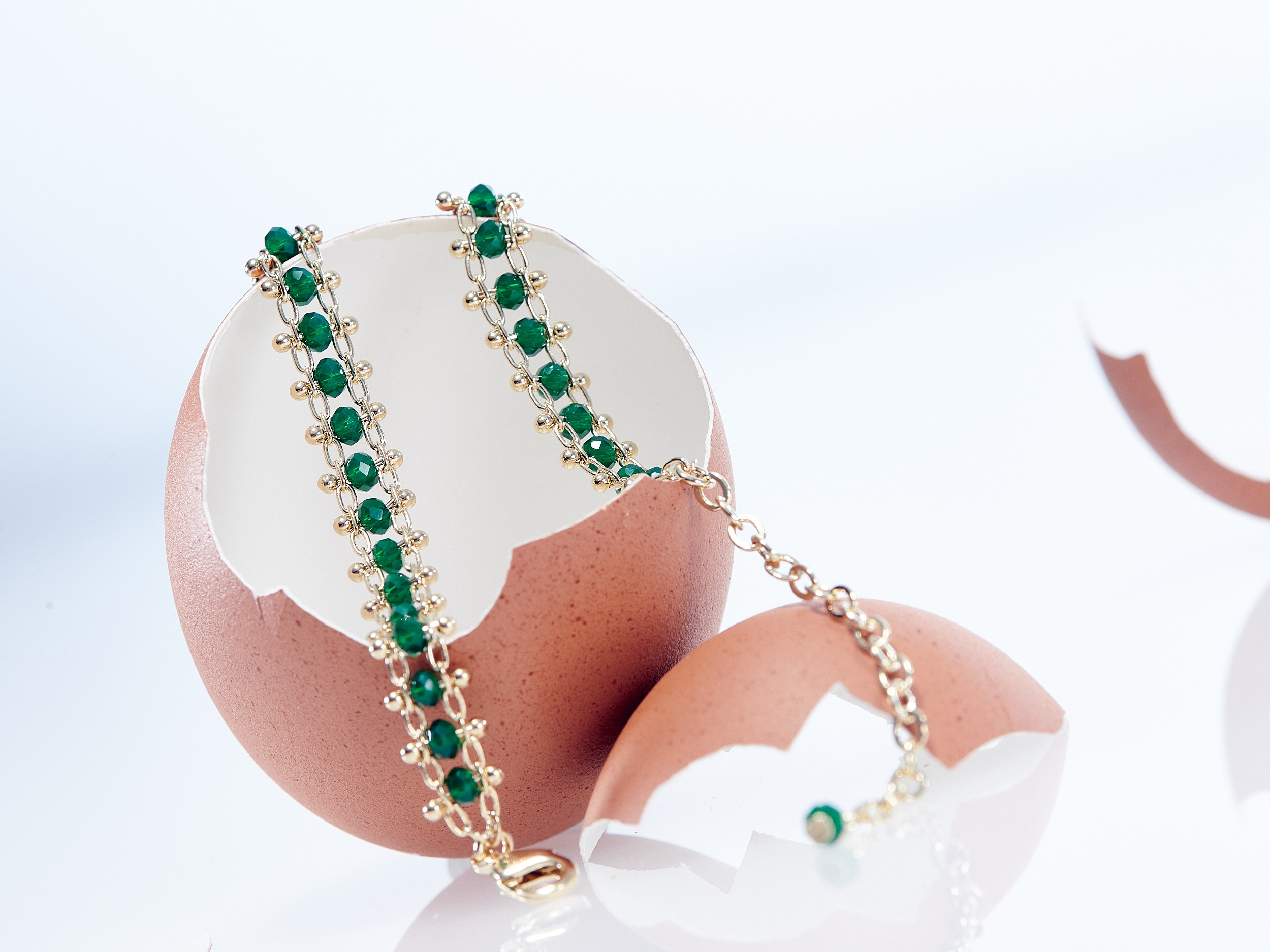 Bracelet Leggstra Cadeau insolite et original dans un oeuf