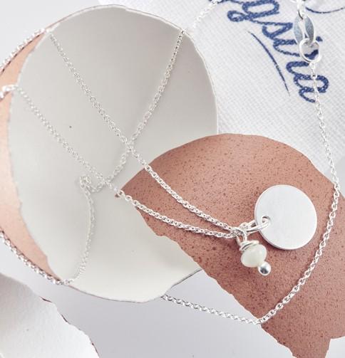 Collier et médaille argent 925 cadeau original caché dans un oeuf l'eggstra