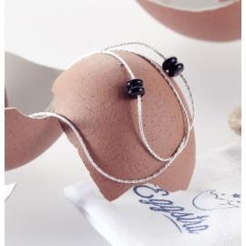 Bracelet argent et pierre semi-precieuse caché dans un oeuf